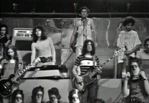 Franco_Battiato_con_il_suo_gruppo_nel_1972 (1)